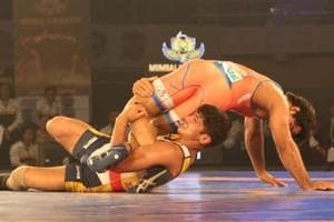 The second edition of the Pro-Wrestling League will begin on January 2 but the league has once again been hit by controversy over non-payment of dues to support staff.