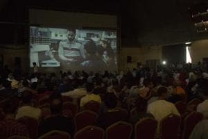For one night only: Gaza screens first cinema in three decades, 10 years- See pics