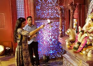 Actor Sai Tamhankar visited five manache Ganpati pandals in Pune.