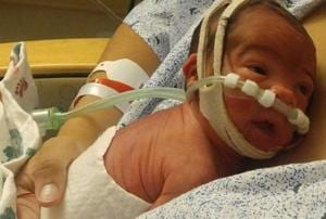 When Raelin Scurry delivered her baby in the front seat of her car, she realised there was something different.