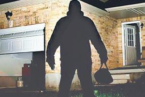 Residents said the colony has 16 cameras, but the three men were captured only in three. It is being suspect that they knew exactly where the cameras are placed.
