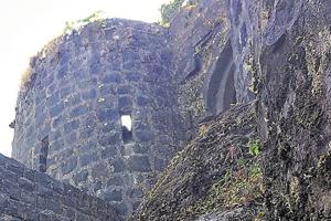 Tikona fort is pyramidal-shaped and is 3,500 feet high