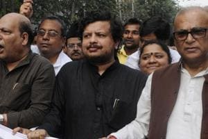 Ritabrata Banerjee (centre) criticised the CPI(M) leadership in a TV interview. (Subhendu Ghosh / HT file photo)