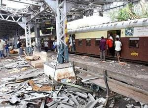 Tausheef Pathan, accused in 2008 Ahmedabad blasts, in which 56 died, has been arrested in Gaya.