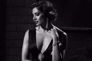 In 2005 everyone had told Bipasha that she needs to get her knees operated- that she won't be able to dance, won't be able to do action sequences and even be able to stand for a long time.