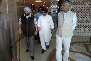 (From right) Congress leaders Sunil Jakhar and Tript Rajinder Singh Bajwa with Punjab chief minister Captain Amarinder Singh after his return from London at the Delhi airport on Saturday.