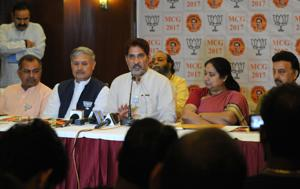 The BJP leaders on Friday accused the Congress and INLD of supporting independent candidates in 'desperation' as they were not confident of contesting on party symbols.