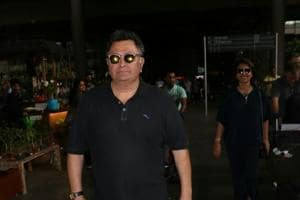 Rishi Kapoor wants actors who wear sunglasses at night to feel ashamed...