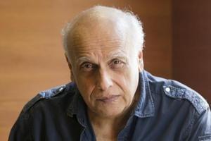 Filmmaker Mahesh Bhatt celebrates his 69th birthday today.