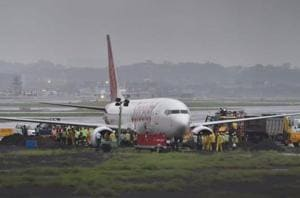 Operations resume at Mumbai airport's main runway, disabled Spicejet...