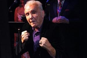 Jake LaMotta, the 'Raging Bull' boxing legend, dead at 95