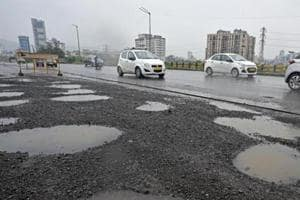 Bad roads make Maharashtra worse than 'Bimaru' states