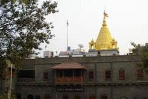 You can take a flight to Shirdi from second week of October