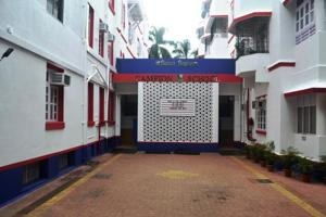 2. Campion School, Fort