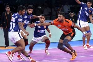 Pro Kabaddi League: U Mumba script narrow win over Dabang Delhi