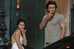 Ranbir Kapoor and Mahira Khan spotted smoking in New York, and...