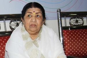 Lata Mangeshkar: It pains me that someone is using my name to dupe...