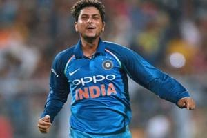 Kuldeep Yadav impresses Sachin Tendulkar & Co with hattrick against...