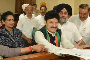 Swaran Salaria of the BJP filing his nomination papers for the Gurdaspur Lok Sabha bypoll.