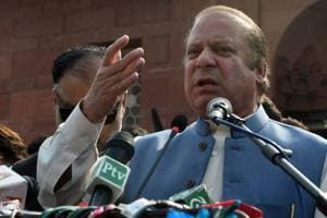 Pakistan's anti-corruption body freezes accounts of Nawaz Sharif,...