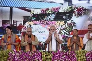 PM Narendra Modi gifts projects worth over Rs 1,000 crore to Varanasi