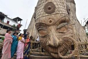 Bengal govt issues passes to tourists for Durga Puja visit