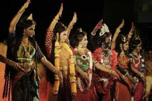Photos: In Kolkata, male dancers grace roles traditionally played by women