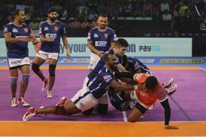 Pro Kabaddi League: Puneri Paltan beat Dabang Delhi 34-29