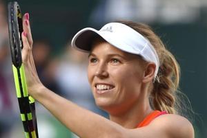 Caroline Wozniacki powers to Pan Pacific Open title in Tokyo