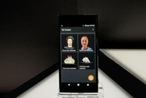 The Xperia XZ1 allows you to take 3D avatars by scanning the subject in a 360-degree from the rear camera.