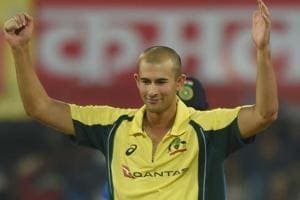 Ashton Agar to return home with broken finger, Cricket Australia won't...
