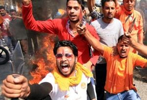 UP: Cops scuttle Bajrang Dal's plan to perform 'shuddhikaran' for...