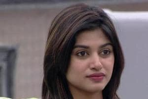 Bigg Boss Tamil star Oviya paid a hefty sum for an ad?