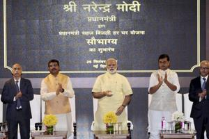 PM Narendra Modi promises electricity for all, forms economic advisory...
