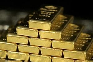Navratri fails to bring cheer to gold trade, sales halve in Mumbai