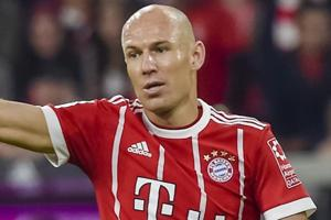 'Money doesn't score goals' - Arjen Robben mocks Paris-Saint Germain