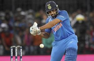 Rohit Sharma hurting Australia with the big sixes he hits at will