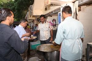 This outlet near Jantar Mantar has been serving South-Indian food for 30 years.