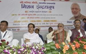 Union minister Ashwani Choubey (2nd from right) inaugurating Mission Indradhanush in Patna on Sunday.