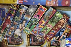 The Supreme Court has put on hold the sale of firecrackers in Delhi-NCR till November 1.