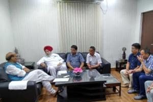 File photo of Union home minister Rajnath Singh (extreme Left) meeting Darjeeling MP S S Ahluwalia and Gorkha leaders at his New Delhi residence.