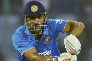 MS Dhoni's amazing running between the wickets will take your breath away: Video