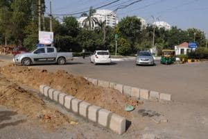 The traffic police blocked the Malibu Town's direct access to Sohna Road and asked the Municipal Corporation of Gurugram (MCG) to construct pavement there.