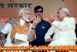 Prime Minister Narendra Modi and Bihar chief minister Nitish Kumar during the foundation stone laying ceremony of projects under Namami Gange and National Highway in Mokama, Bihar.