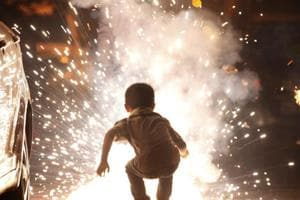 Online trading of firecrackers new challenge for authorities