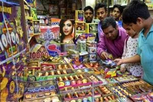 Sale of firecrackers at all-time low in Mumbai, say vendors