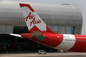 Video shows passengers terrified as AirAsia flight plummets 20,000...