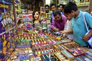 2 Delhi Police personnel suspended for failing to stop cracker sale