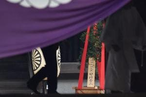 Japan PM Shinzo Abe sends offering to war shrine