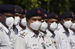 Ten thousand pollution masks (N95) were distributed among Delhi Traffic Police personnel to minimise the impact of toxic air at Traffic Police Headquarters, in Pusa, New Delhi on Tuesday.